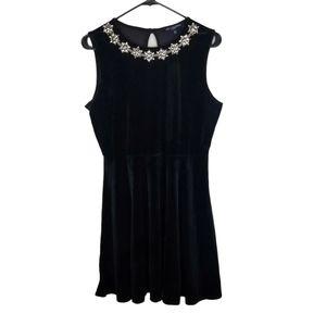 One Clothing Sleeveless Velvet Black Dress NWT